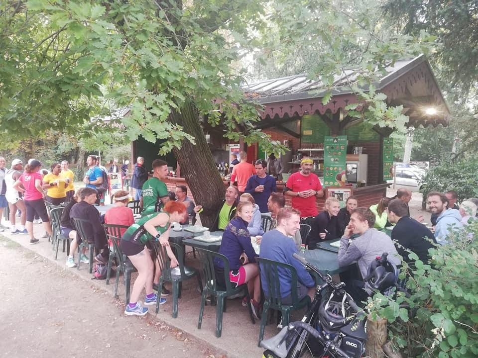 Bois de Boulogne cafe
