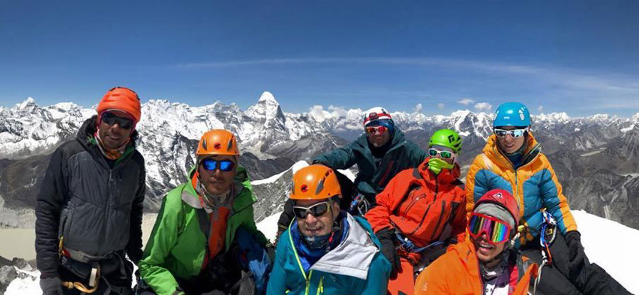 Peak-Climb_900x416