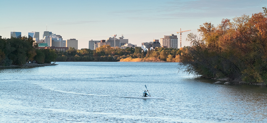 Regina_skyline_from_Wascana_Park-2