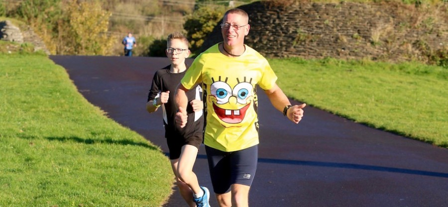 Llanelli Coast parkrun Nov2016_©Byron Williams_916x400