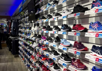 Intersport Lincoln_running shoes_900x416 (002)