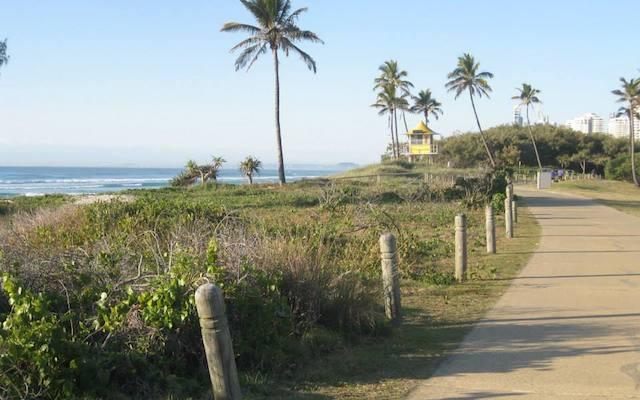 main beach 2