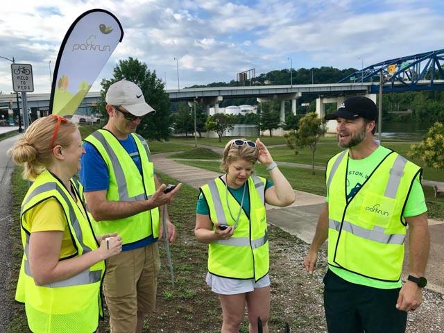 charleston_20180623_volunteers2_web