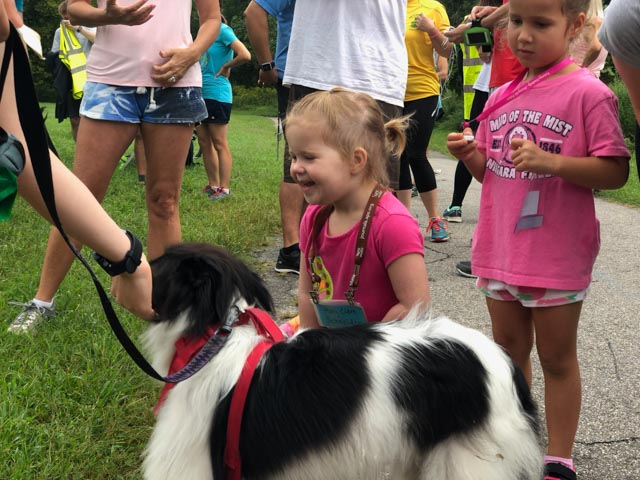 collegepark_20180908_petting_web