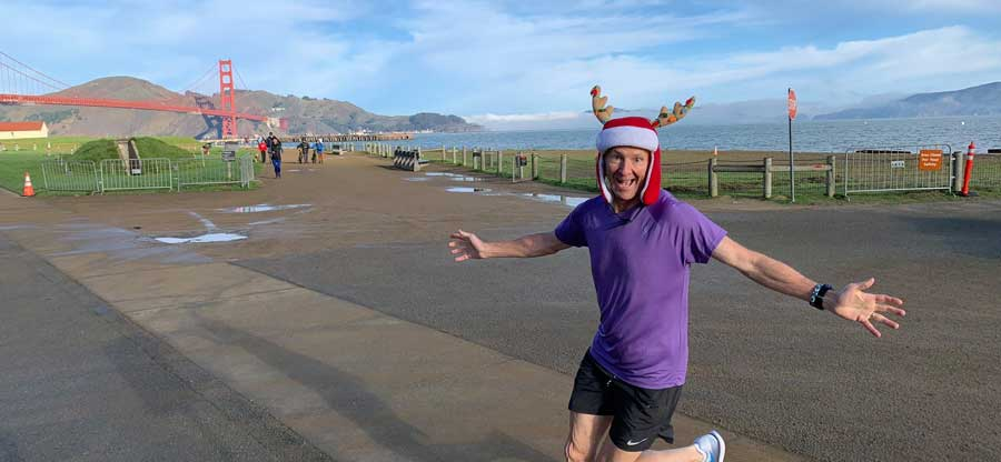 crissyfield_20181222_reindeer-and-golden-gate_900x416