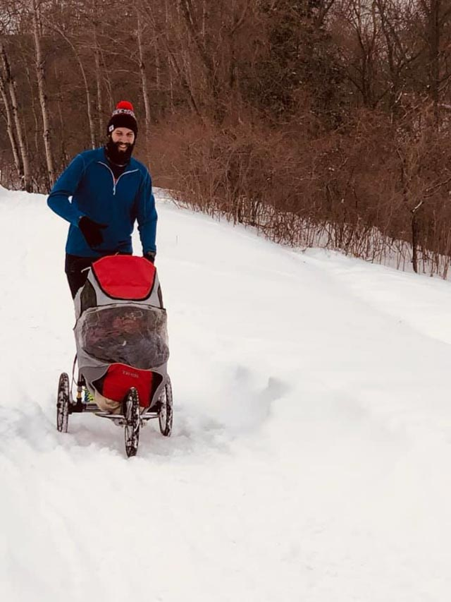 eagan_20190223_stroller_in_snow_web