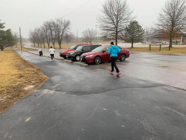 moberly_20190223_runners_web