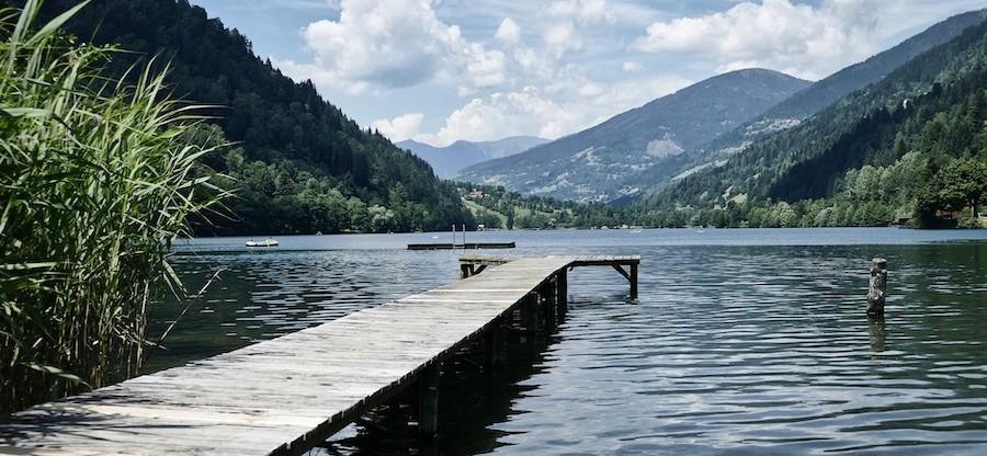lake-4426212_1920-900x416-1