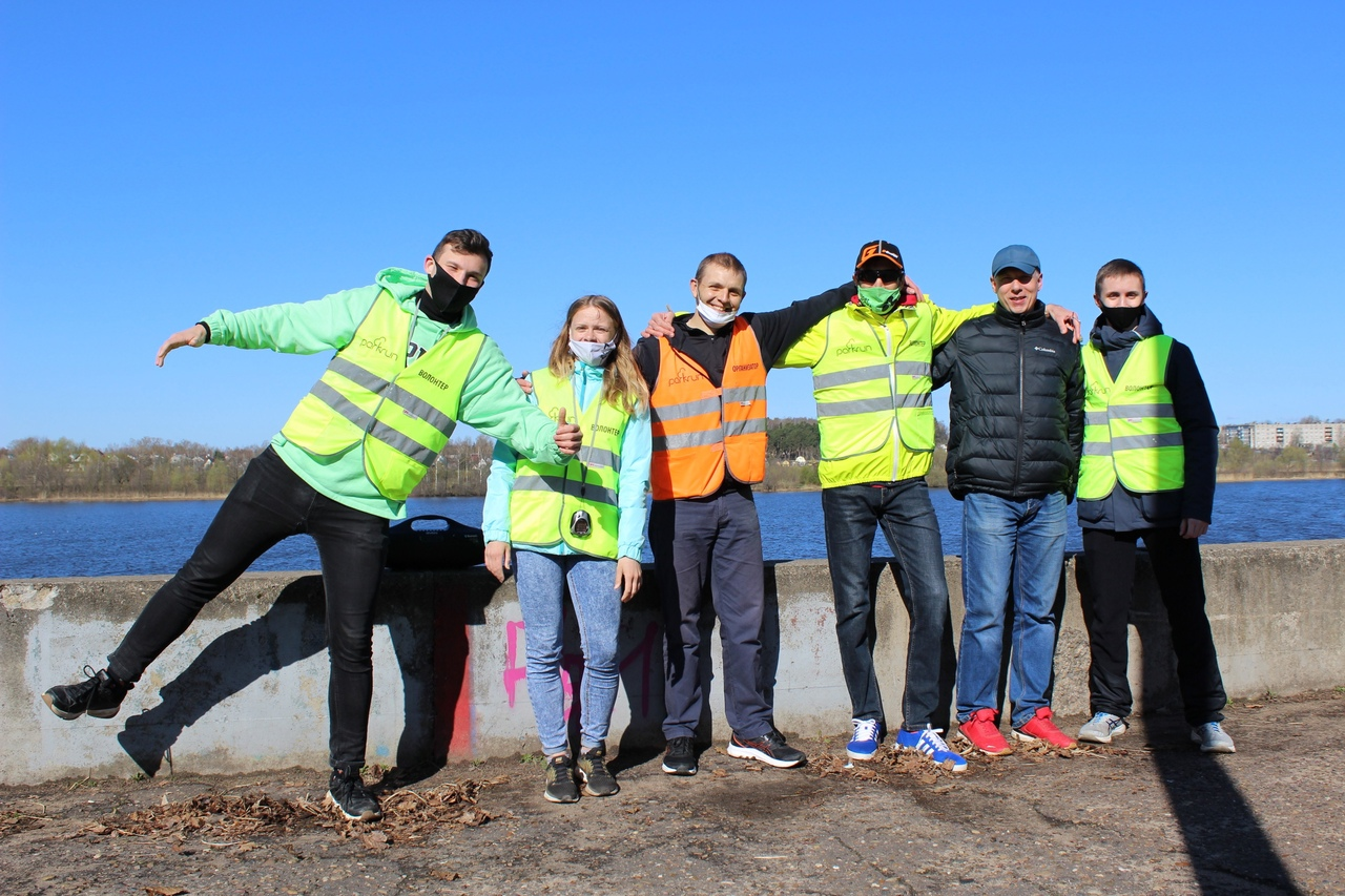 Команда волонтёров 137 забега parkrun Кимры.