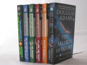 hitchhikers-guide-to-the-galaxy-by-douglas-adams-1-6-spine