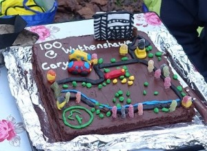 Cary's 100th at Wythenshawe cake[494]