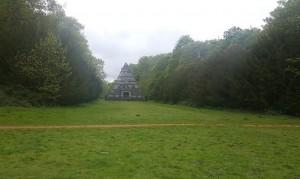photo07-pyramid