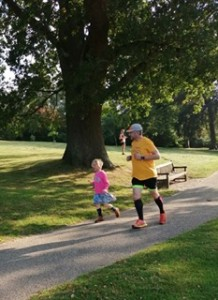 little girl joined her dad to motivate him