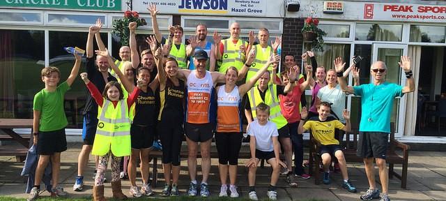 Team Acorn with Cheadle Hulme volunteers, runners and spectators