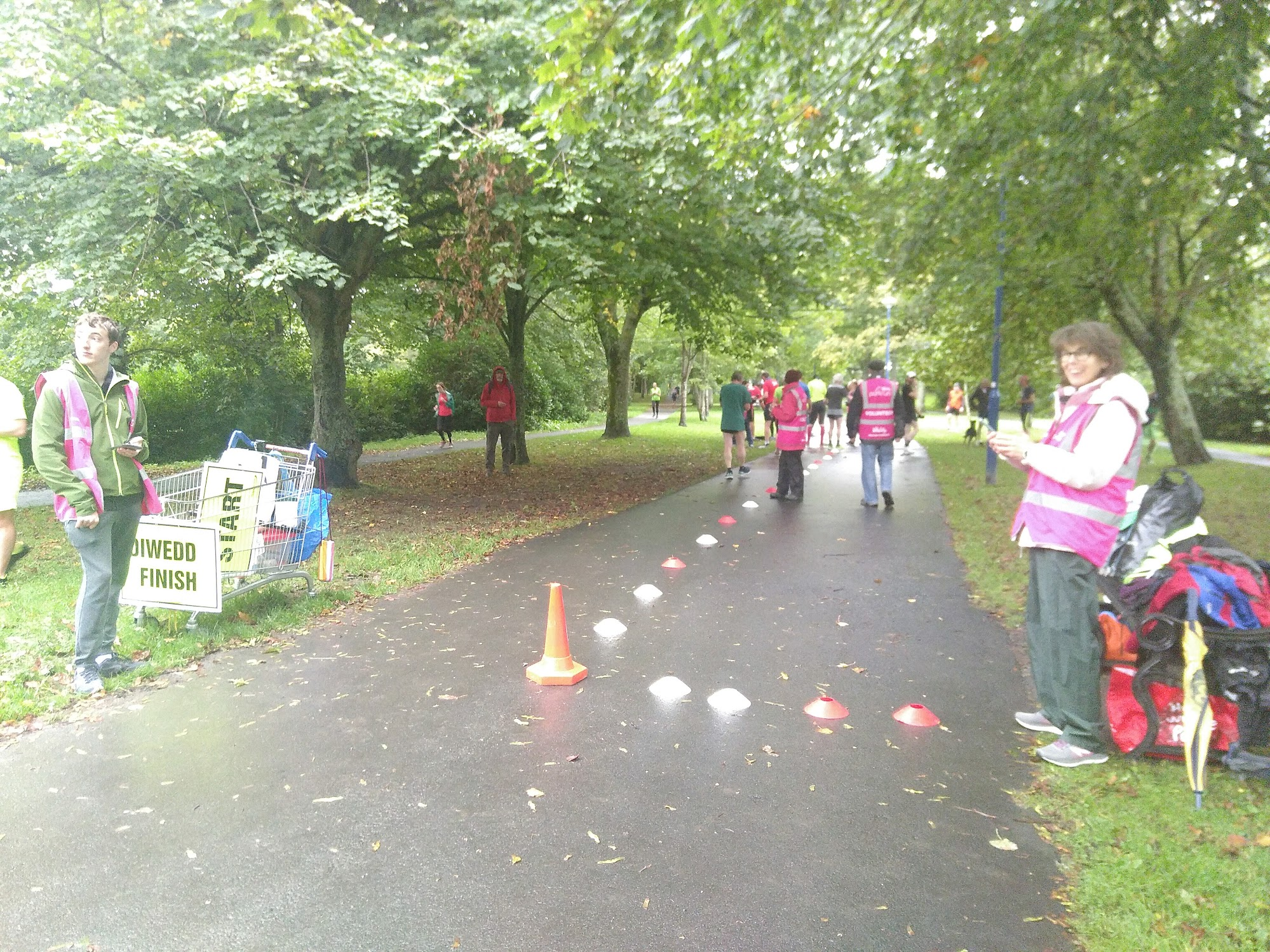 The volunteers at the finish area